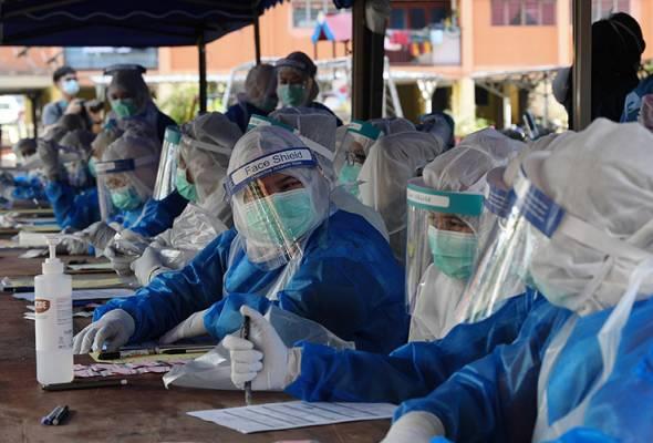 COVID-19: Petugas kesihatan letih perlu diganti, KKM tidak tetapkan bilangan sukarelawan   Astro Awani